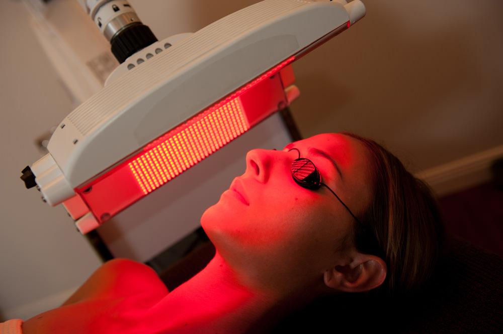 Thérapie par LED au Val d'Europe (77- Serris) au Centre Laser & Esthétique Val d'Europe